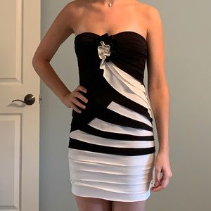 Black&White Striped Cocktail Tight Dress Small